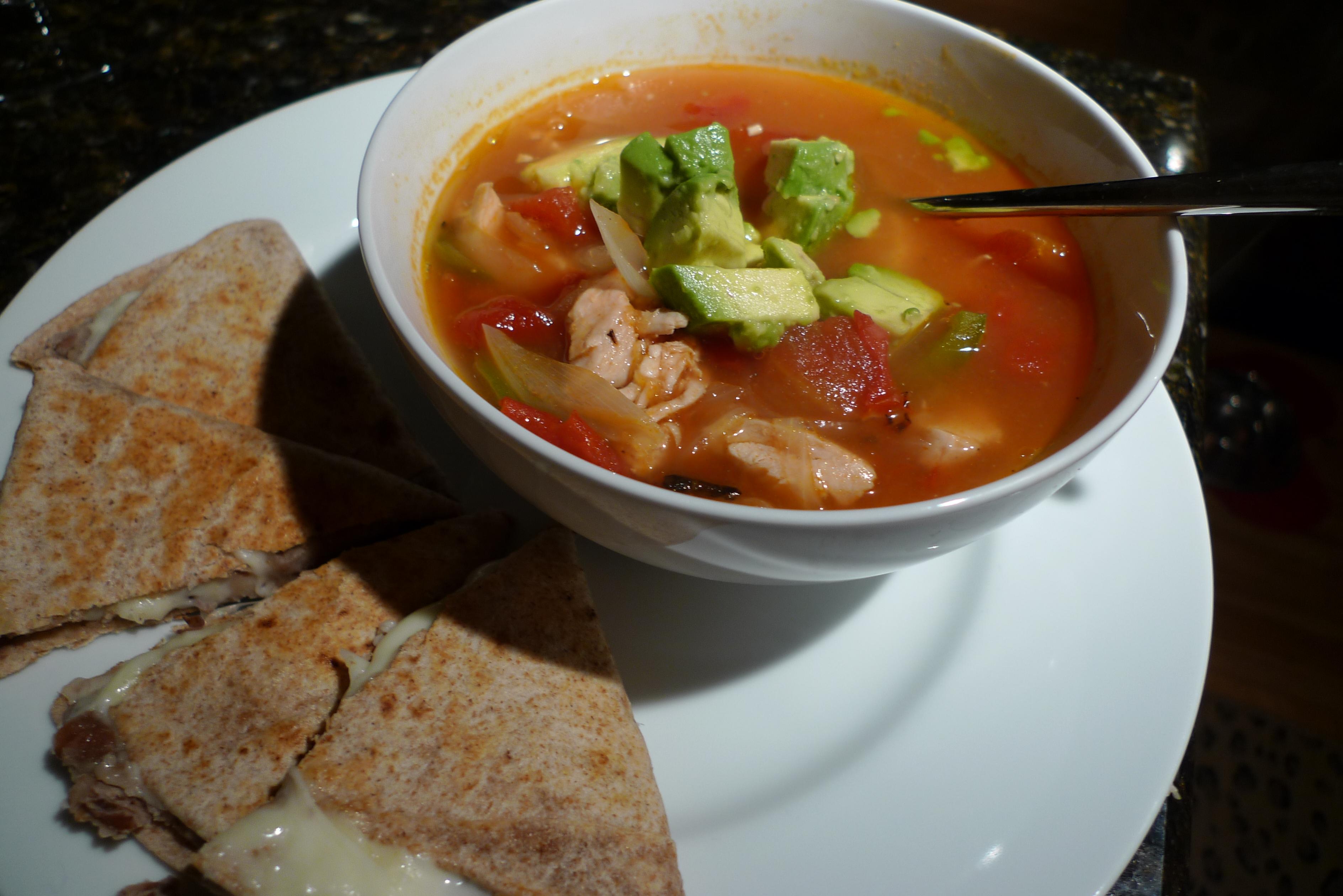 Chicken Fajita Soup | Growling Tummy
